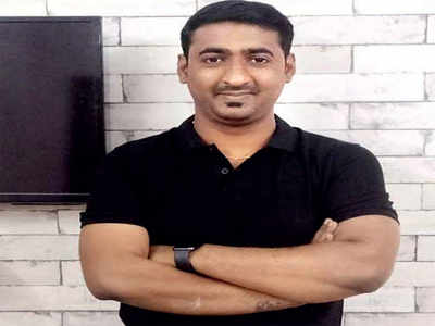 Techie's friend returns favour with fraud