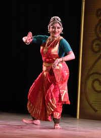 Bharatanatyam by Lakshmi Gopalaswamy