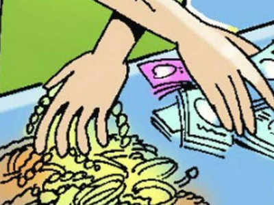 Staffer flees with Rs 69L from car showroom