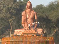Kumbh Mela: Visitors flock to witness 30-feet-tall Maharishi Bhardwaj statue
