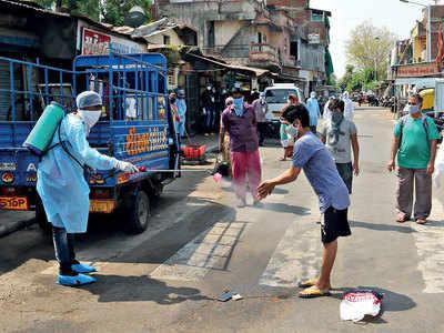 Virus spreads across slums in Ahmedabad