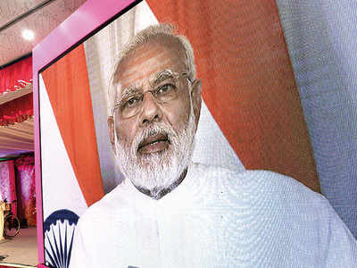 Parties rebuff Modi's praise of rivals