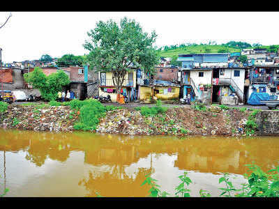 Families on Sinhagad Road living in fear