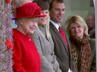 Queen Elizabeth attends Highland Games