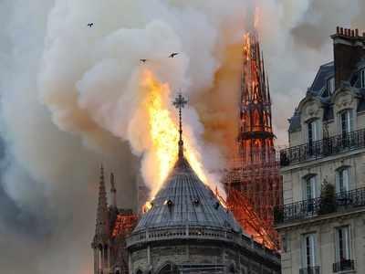 Rishi Kapoor, Swara Bhasker, Arjun Kapoor, Riteish Deshmukh among celebs who mourn Notre Dame cathedral fire