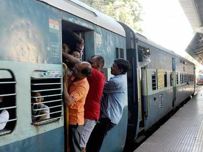 Three labourers from Rajasthan run over by train near Surat
