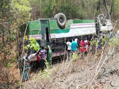 Bus overturns as driver allegedly leaves steering wheel for gutka