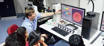 Bio students get hi-res microscopes at IISER