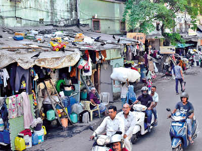 BMC evicts Byculla slum dwellers after 40 years, to get tenements in Chembur and not in toxic Mahul