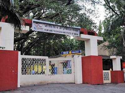 Detailed letter to FTII director lists problems, hints at mass protest