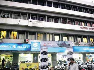 PMC staff attack corporator's PA
