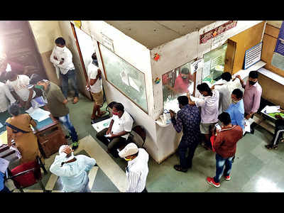 Citizens crowd birth, death dept at Kasba Peth for certificates