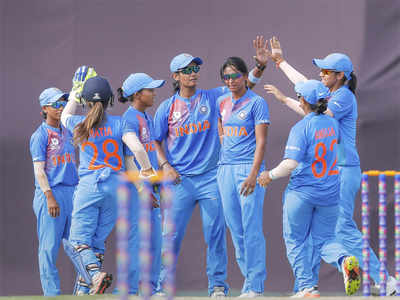 Women's Asia Cup T20: Dominant India crush Pakistan to enter final