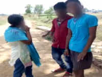 Watch: Men misbehave with a couple in Nalanda