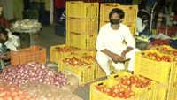 COVID-19: Businesses down in Delhi's Daryaganj market ahead of Eid