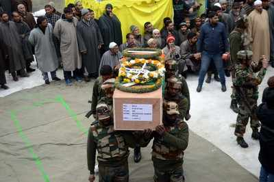 Sunjuwan attack: Thousands participated in the last rites of local soldier and his father in South Kashmir
