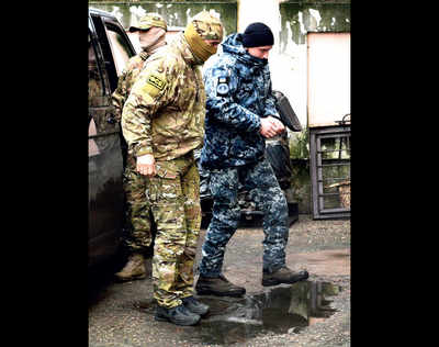 Warlike state developing in Ukraine, warns Russia
