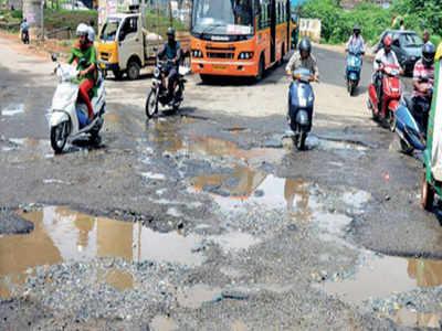 BBMP claims 50% potholes filled, citizens say poor job