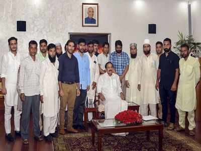 Jammu & Kashmir sarpanches and panches meet Vice President Venkaiah Naidu, raise concerns over economy and employment