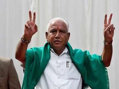 Karnataka Verdict 2018: 'Ghar Se Nikalte Hi' memes take charge as drama continues