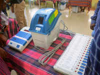 VVPAT sample survey: SC asks Election Commission to file reply by Mar 28