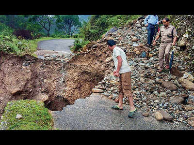 9 killed in U'khand landslides and J&K; 31 dead in Gujarat