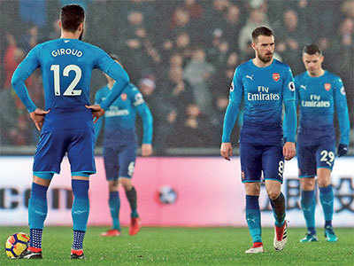 Arsenal's defensive woes left exposed, struggling Swansea City script 3-1 win