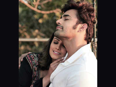 Anita Hassanandani and Pearl V Puri team up for a music video