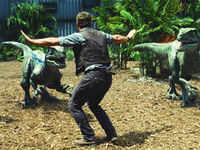 Jurassic World: Official global trailer