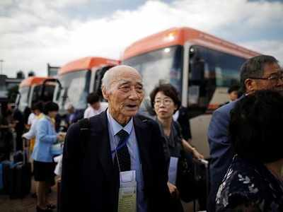 Korean reunions: Tears, farewells end first round as elderly North Koreans and South Koreans meet their relatives across the border