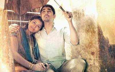 Jigarthanda goes to Bollywood; director Karthik's not happy