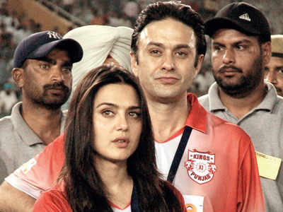 HC scraps Preity Zinta's molestation case against Ness Wadia