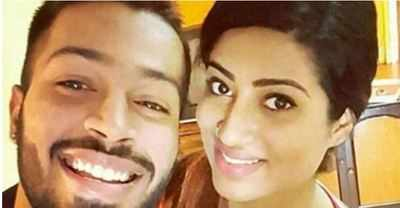 Hardik Pandya clarifies about his picture with the mystery girl