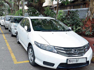 Coming soon: A citywide street parking scheme; 24 assistant commissioners told to identify locations