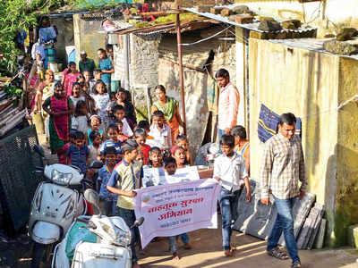 Slum kids will educate riders on traffic rules