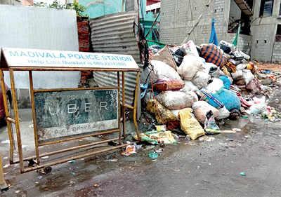 A 'dumpyard' grows near Madiwala mall