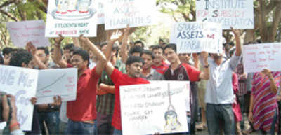 IISc students roar Halla Bol over mess subsidy