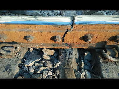 Three track fractures delay CR services