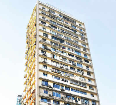 Breach Candy, Pedder Road, Malabar Hill report 144 cases in a day