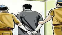 Delhi: Man arrested for involvement in 100 snatching cases