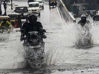 Heavy rain, strong winds lash Mumbai; intense spells of rain likely over the next few hours, predicts IMD