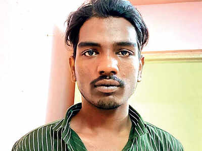 Man held for robbing techie