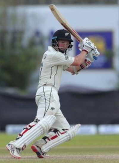 BJ Watling puts New Zealand in strong position