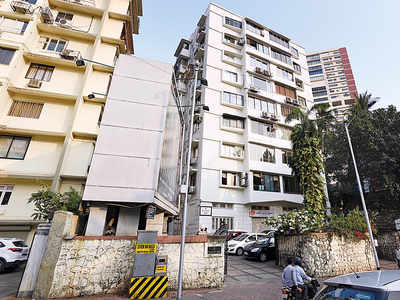 Trader's SoBo estate to be auctioned over unpaid dues