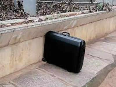 Double suitcases  create panic