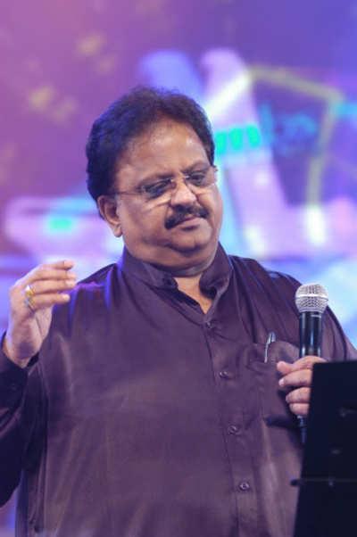 Musician SP Balasubrahmanyam loses his passport in US, issued duplicate in 24 hours