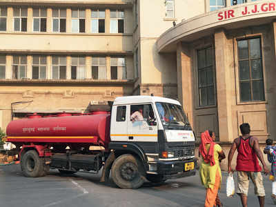 JJ Hospital faces water crisis; tankers called in