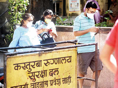 Panic in Hinduja as patient tests positive; 8 staffers quarantined at Mahim hospital, 74 others at home