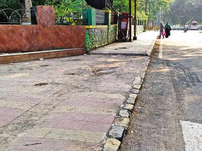 Construction debris cleared from Kasamali Jumbo Road