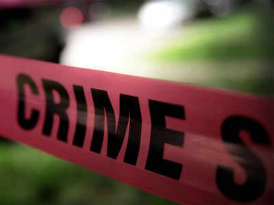 Suitcase with body parts found on Mahim beach